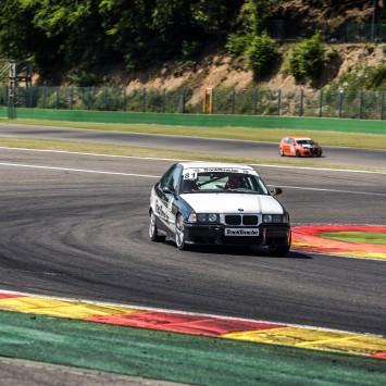 bmw 325i race auto verhuur circuit spa francorchamps zolder nurburgring zandvoort