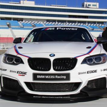 bmw m235i racing cup huren